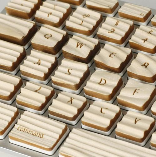 wooden-keyboard-2